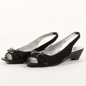 Anne Klein Womens Sling Back Black Kitten Heels 7